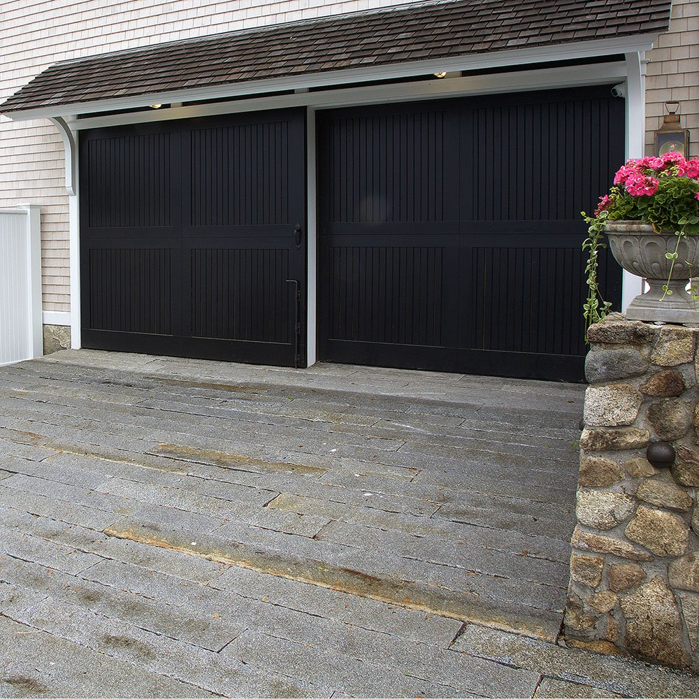 Reclaimed-junior-curbstone-plank-paver-driveway-1000x1000-1
