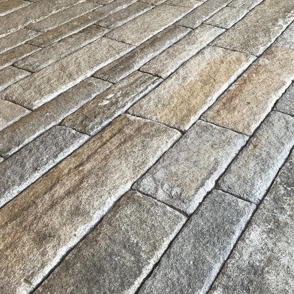 Reclaimed-second-generation-granite-curbstone-plank-paver-driveway-1000x1000-1