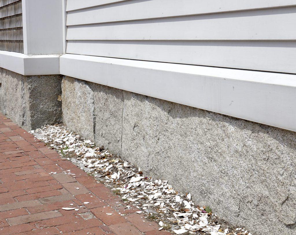 Reclaimed-granite-curbstone-plank-veneer-1080x860-1