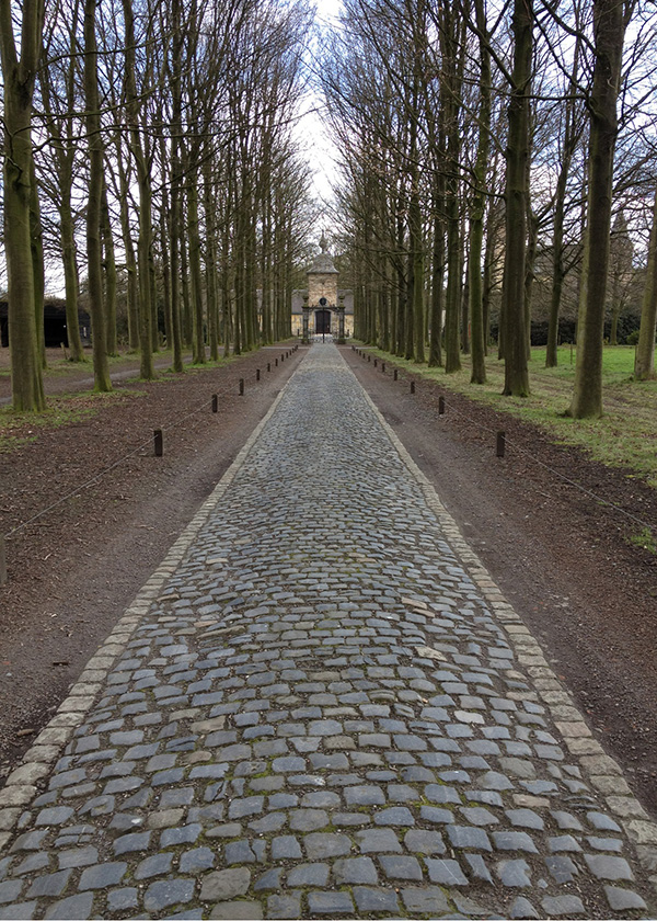 Belgian Bluestone Cobblestone in Europe Stone Curators