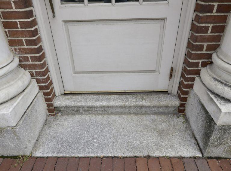 granite threshold