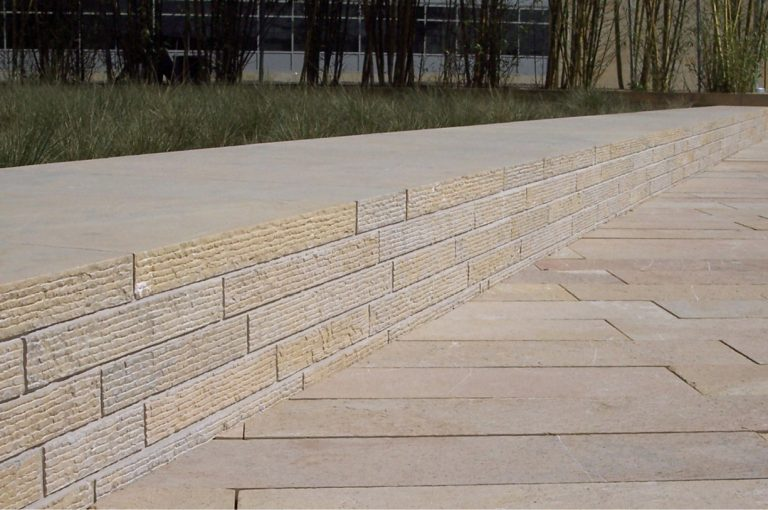 Stone-Curators_Grooved_Application_1