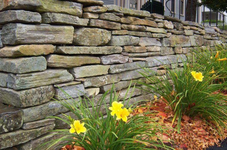 Stone-Curators_Mystic_Mountain-Natural-wallstone_100_0537