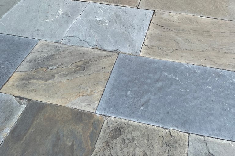 Stone-Curators_Natural-cleft-surface-bluestone-pavers-IMG_0026