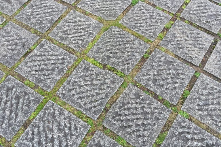 Stone-Curators_pineapple-surface-pavers-IMG_5027