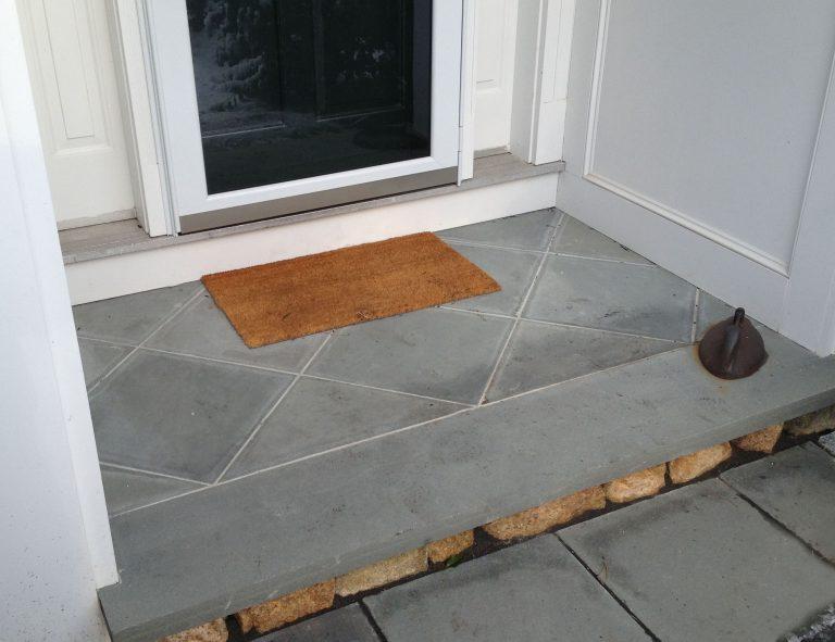Stone-Curators-Bluestone-dimensional-cut-bluestone-landing-and-tread-2012-12-31-14.15.49-adjust