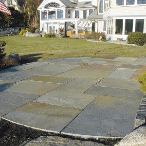 Stone-Curators-Bluestone-full-color-natural-cleft-patio_a395cb0e-e1f2-4d39-857d-4e9fbc4fcef1_full_