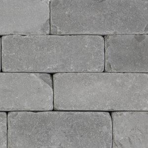 Stone-Curators-Bluestone-gray-cobblestones-runningbond-closeup