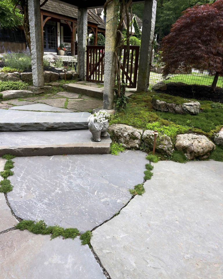 Stone-Curators-Bluestone-jumbo-pavers-and-steps_MG_1007
