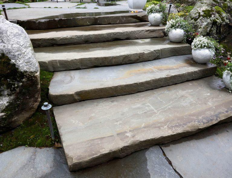 Stone-Curators-Bluestone-monolithic-full-color-slab-steps_MG_0995-crop