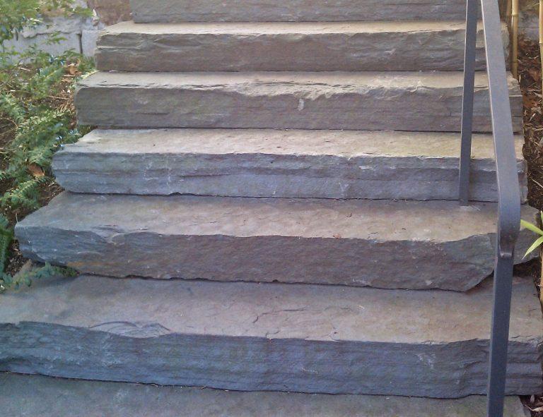 Stone-Curators-Bluestone-natural-cleft-monolithic-steps-MAG2639-adjust