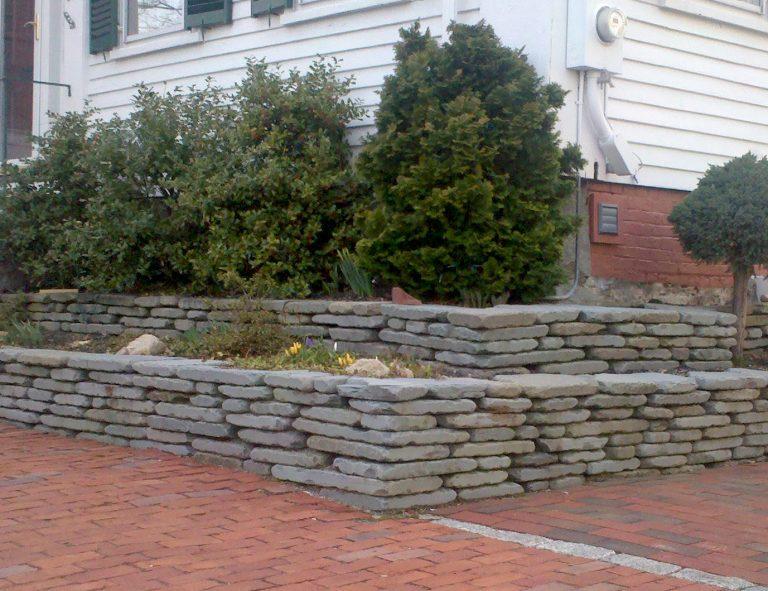 Stone-Curators-Bluestone-tumbled-bluestone-wall