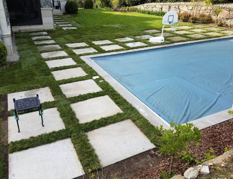 Stone-Curators-Oversized-reclaimed-granite-pool-surround