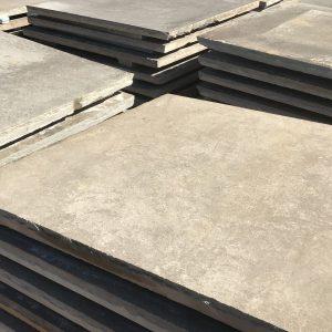 Stone-Curators-reclaimed-sandstone-sidewalk-stones-in-yard-IMG_3009