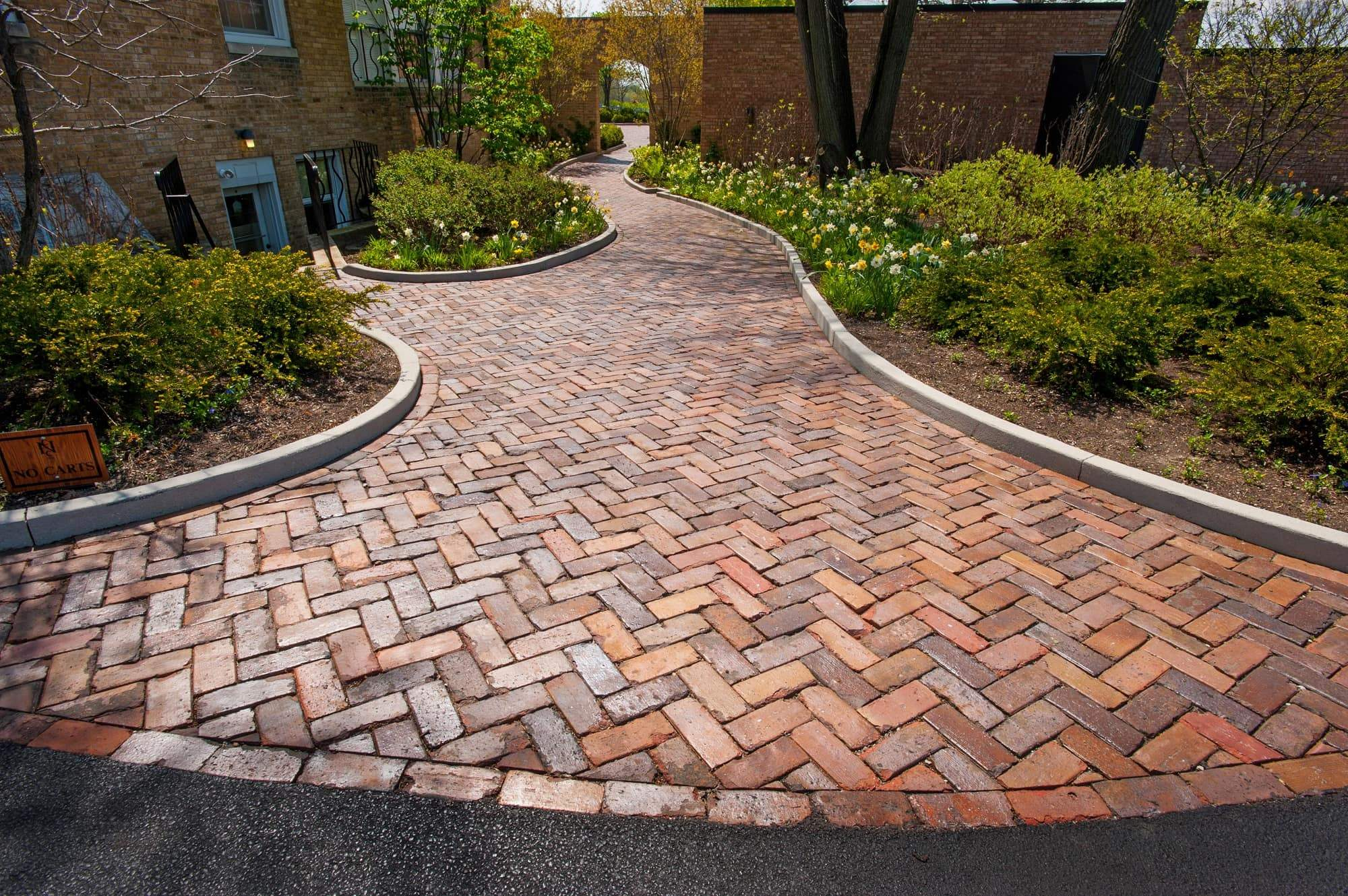 Reclaimed Clay Street Bricks - Antique Midwest Brick ...
