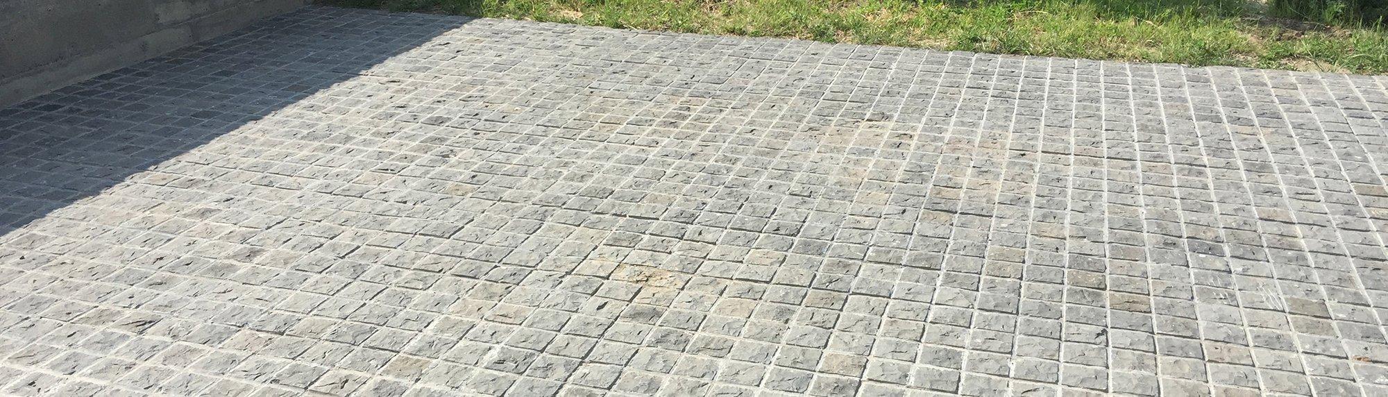 Basalt Cobblestone driveway