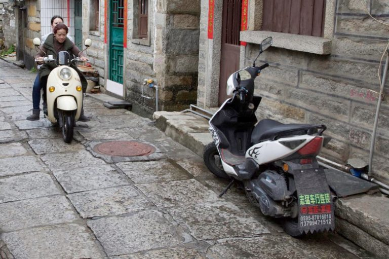 Stone-Curators-Footworn-pavers-with-motocycle-in-China_J1A5517@2x
