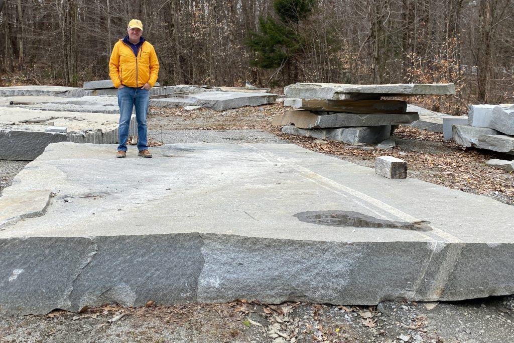 Stone-Curators-Gavin-Johnston-with-giant-granite-slab@2x