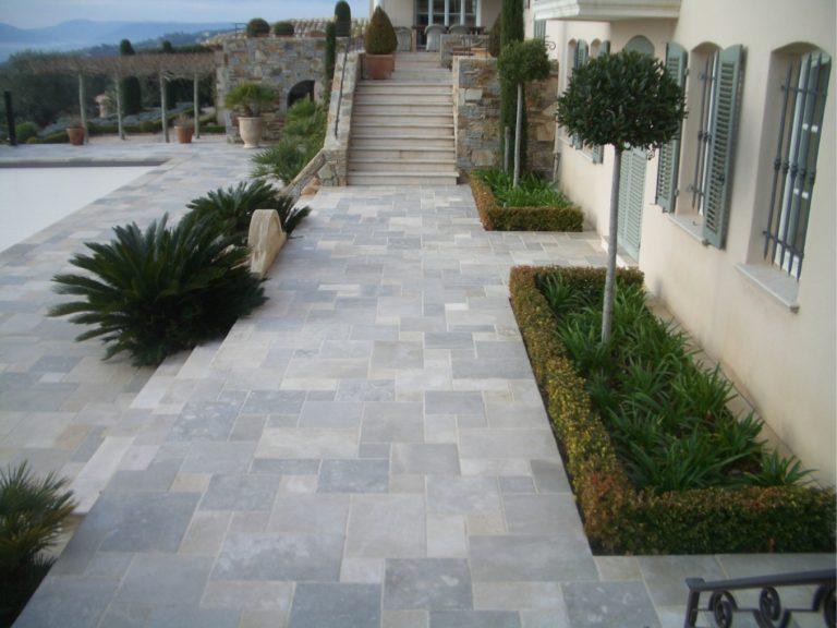 Stone-Curators-Mixed-Blend-Limestone-Patio@2x-1